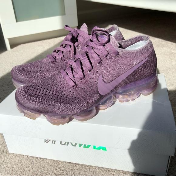 ff55e2d4e0 Used Women's Nike Vapormax Flynit size 7